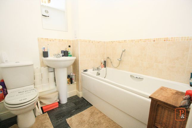 Bathroom of Chapman Place, Colchester, Essex CO4