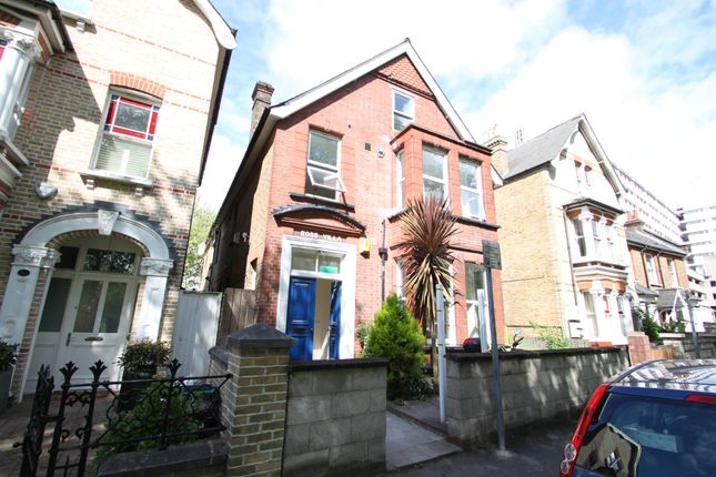 Thumbnail Detached house to rent in Fairfield West, Kingston Upon Thames, Surrey