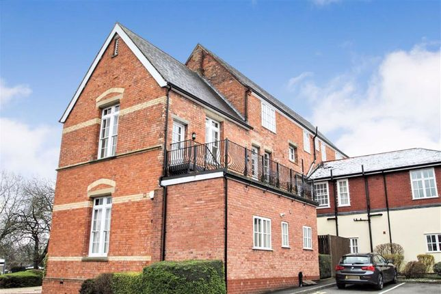 1 bed flat to rent in Holbache House, Oswestry, Shropshire SY11
