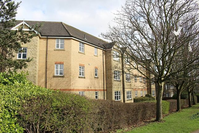 Thumbnail Flat to rent in Swarcliffe Road, Harrogate