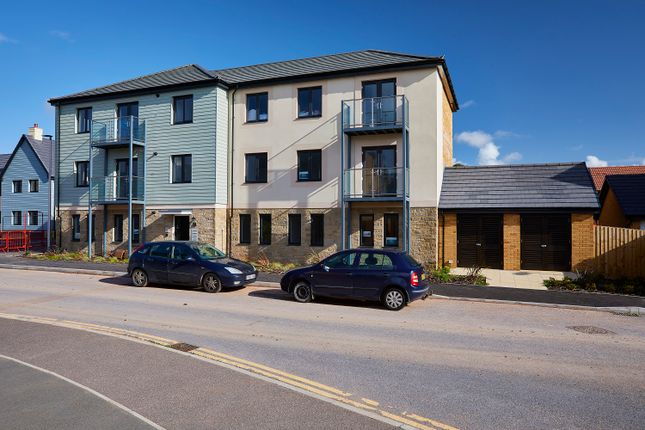 2 bedroom flat for sale in Shearwater Way, Seaton, Devon