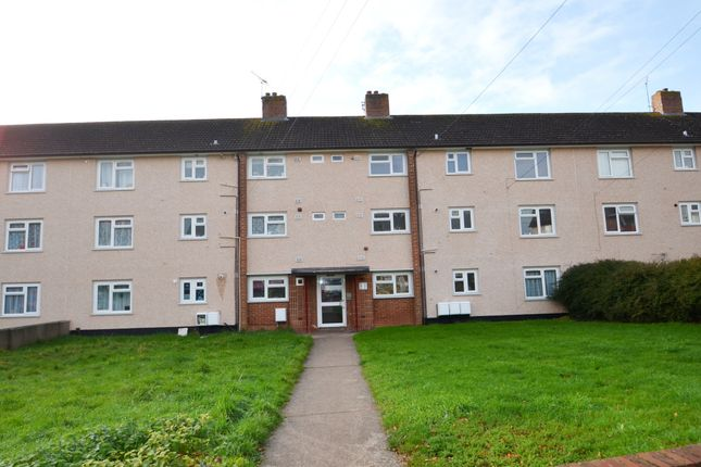 Thumbnail Flat to rent in Headland Crescent, Exeter
