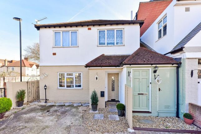 Thumbnail Flat for sale in Bamford Road, Bromley