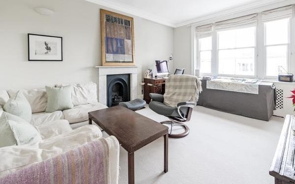 Property to rent in Palace Green, London