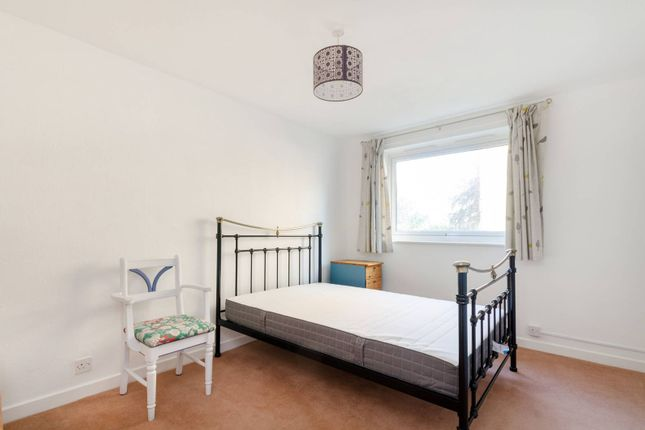 Thumbnail Flat to rent in Beulah Hill, Upper Norwood, London