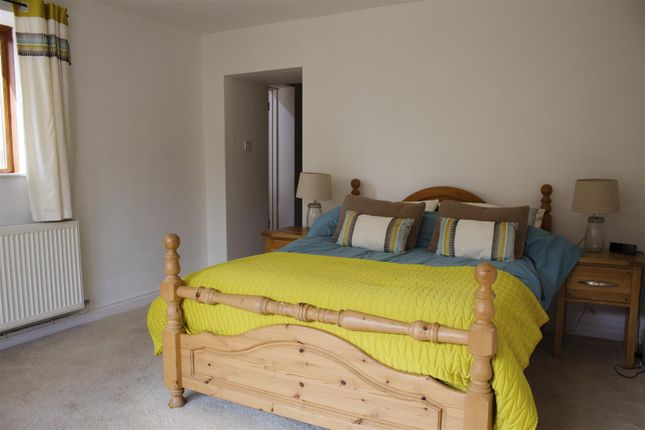Cottage Bedroom of St. Andrews Major, Dinas Powys CF64