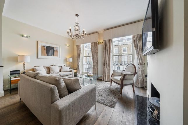 Thumbnail 3 bed flat to rent in Halsey Street, London