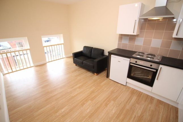 Thumbnail Flat to rent in Sf, Robson Street, Oldham