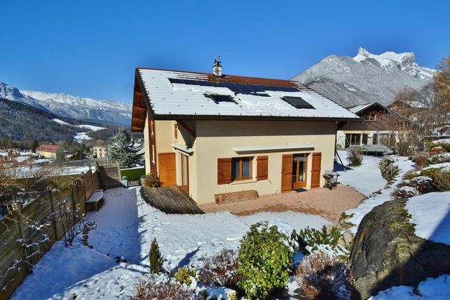 Properties for sale in faverges commune faverges for Top garage annecy