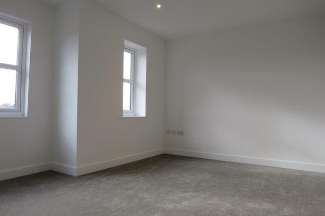 Bedroom of Lake View, Stanley Road, Lowestoft NR33