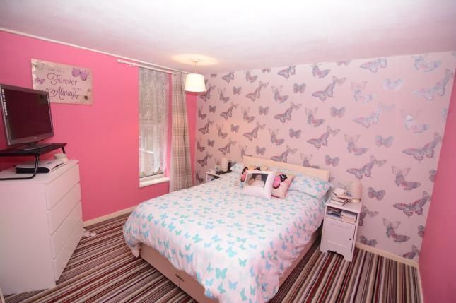 Thumbnail Terraced house for sale in Basildon, Essex