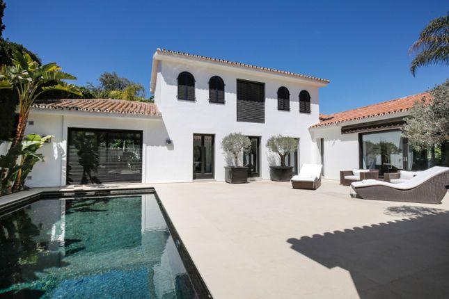 Thumbnail Villa for sale in Los Monteros Playa, Marbella East, Malaga, Spain