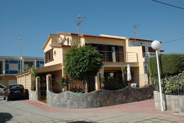 Thumbnail Detached house for sale in Islas Menores 3 Bedroom Beachfront House, La Manga Del Mar Menor, Murcia, Spain