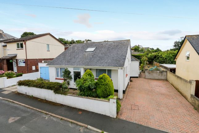 Thumbnail Detached bungalow for sale in Firleigh Road, Kingsteignton, Newton Abbot