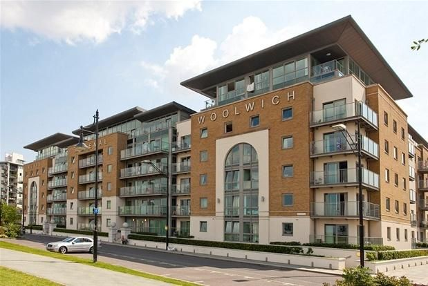 Thumbnail Triplex to rent in Argyll Road, Woolwich