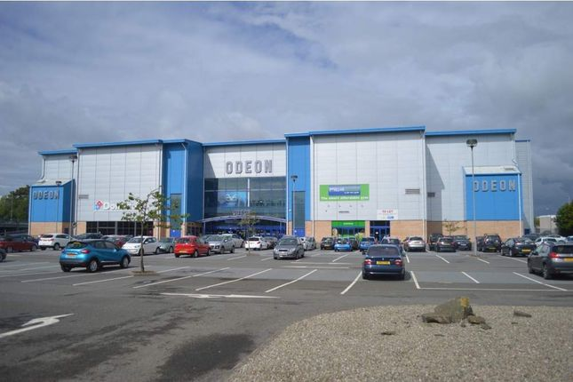 Leisure/hospitality to let in Kingsway East, Dundee