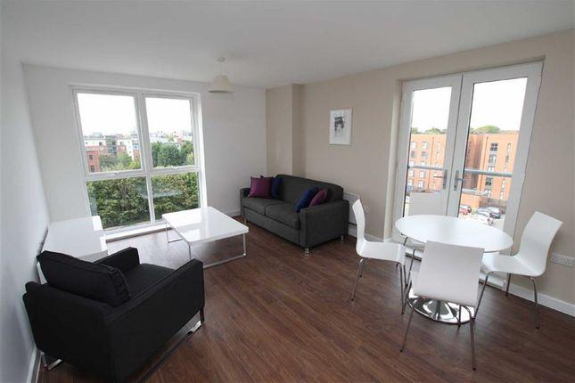 2 bed flat to rent in Derwent Street, Salford