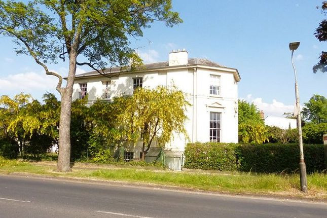 Thumbnail Flat to rent in South Flat, 32 Prestbury Road, Cheltenham