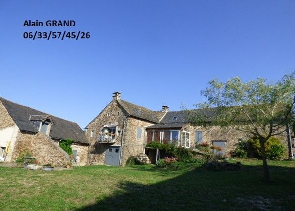 3 bed property for sale in 12240, Rieupeyroux, Fr