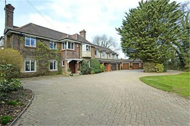 Thumbnail Detached house for sale in London Road, Rickmansworth, Hertfordshire