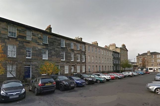 Thumbnail Flat to rent in Smith's Place, Edinburgh