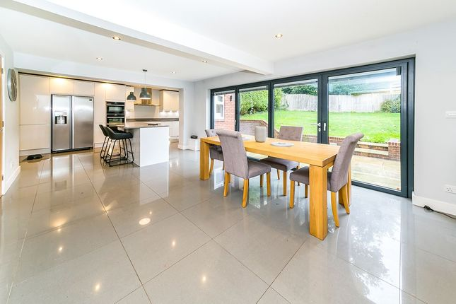 Thumbnail Detached house for sale in Court Close, East Grinstead