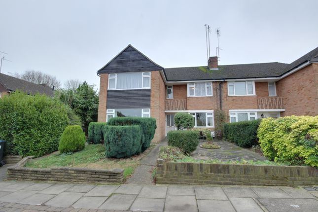 Thumbnail Maisonette for sale in Gladeside, Winchmore Hill