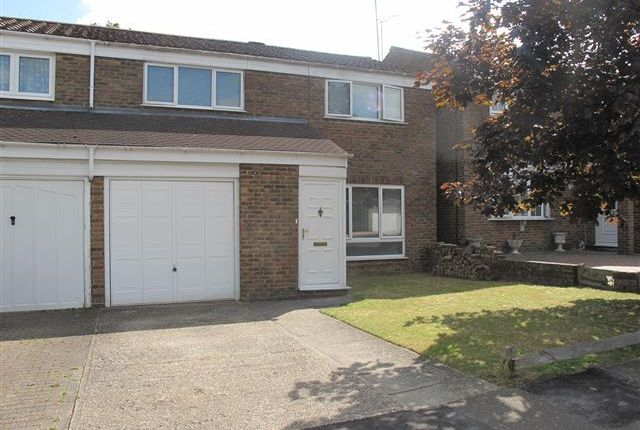 4 bed semi-detached house to rent in Bedale Close, Crawley