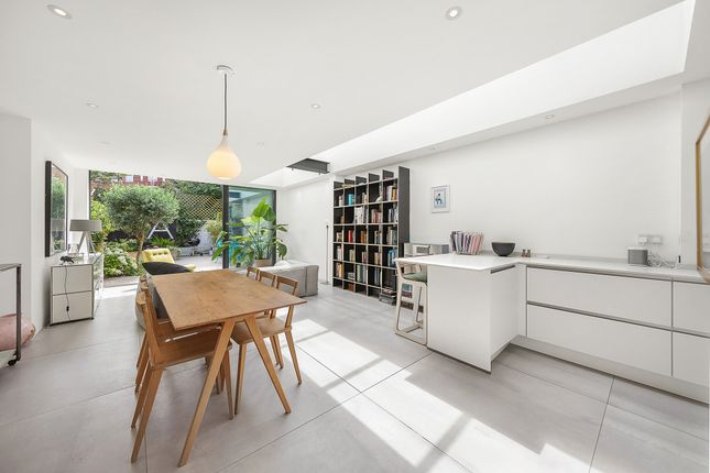 4 bed property for sale in Claxton Grove, London W6