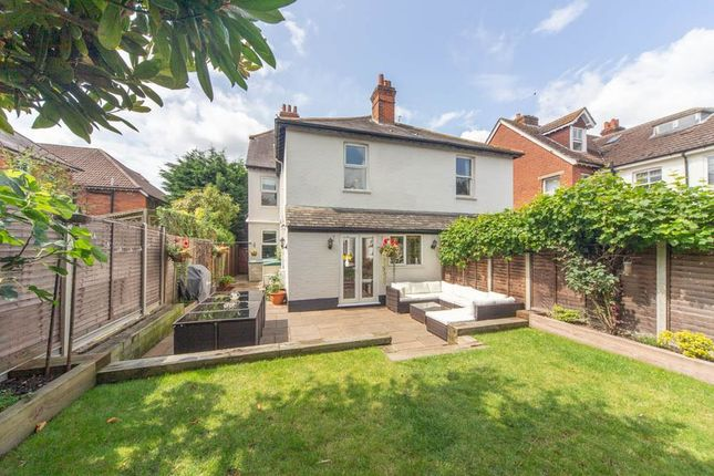 Thumbnail Semi-detached house to rent in Kings Ride, Camberley