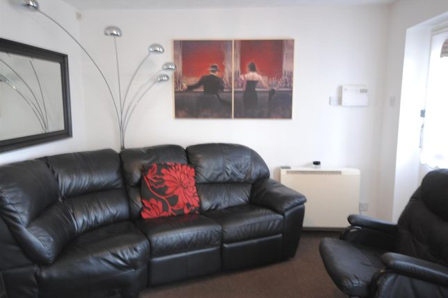 Thumbnail Flat to rent in Turnhill Drive, Ashton In Makerfield, Wigan