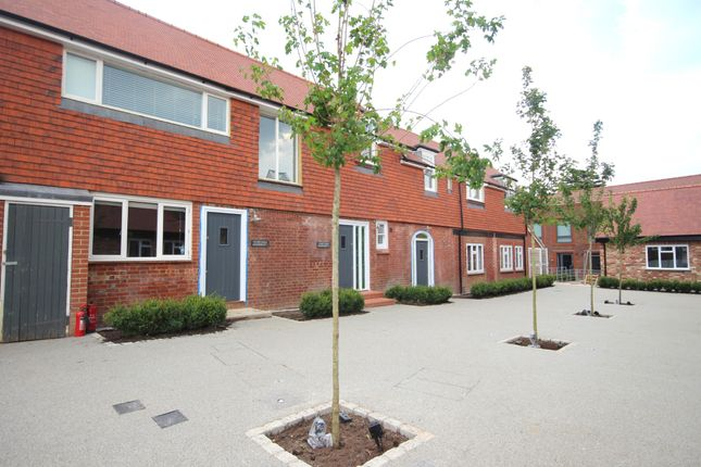 Thumbnail Maisonette for sale in Courtyard Apartment 1, Stable Courtyard, Langhurstwood Road, Horsham, West Sussex