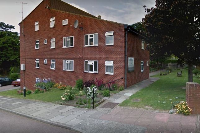 Thumbnail Studio to rent in Upperton Road, Eastbourne