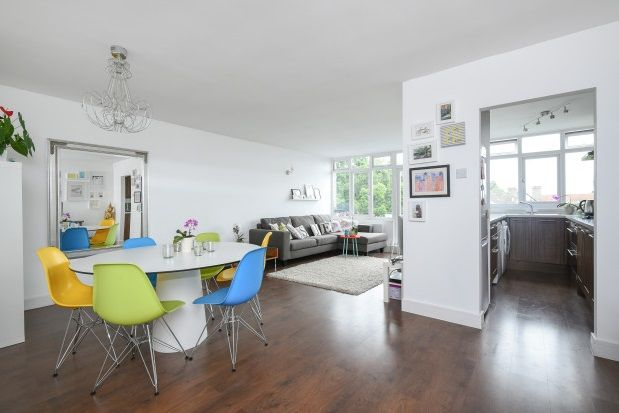 Thumbnail Flat to rent in Highland Road, Bromley