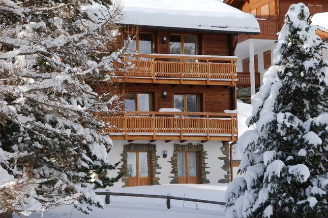 Thumbnail Chalet for sale in Saas Fee, Valais, Switzerland