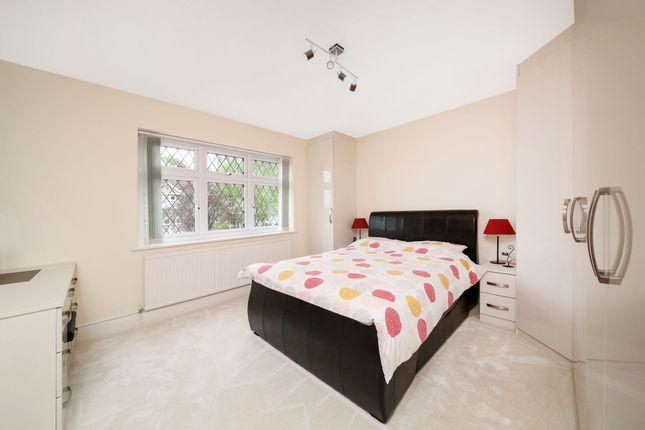 Bedroom of The Grove, West Wickham BR4