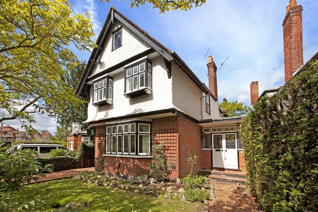 Thumbnail Detached house to rent in Ellington Road, Taplow, Maidenhead