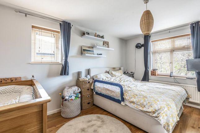 Bedroom of Temple Cowley, Oxford OX4,