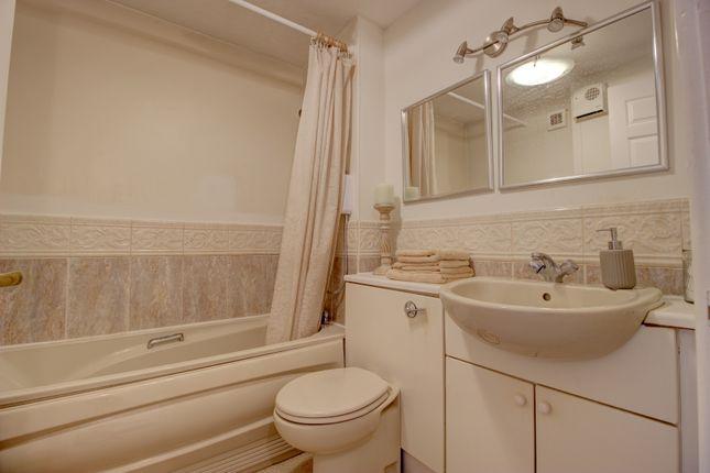 Bathroom of Wentworth Drive, Christchurch BH23
