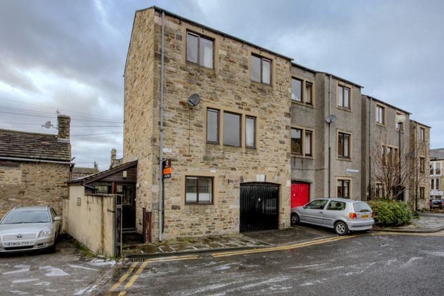 Thumbnail Town house for sale in Albert Terrace, Skipton