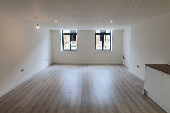 1 bed flat to rent in Conditioning House, Cape Street, Bradford, Yorkshire BD1