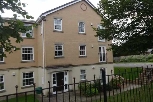 Thumbnail Flat to rent in Dell Road, Shawclough, Rochdale
