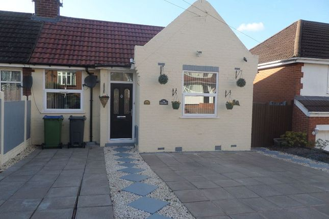 Thumbnail Bungalow for sale in Trinder Road, Smethwick