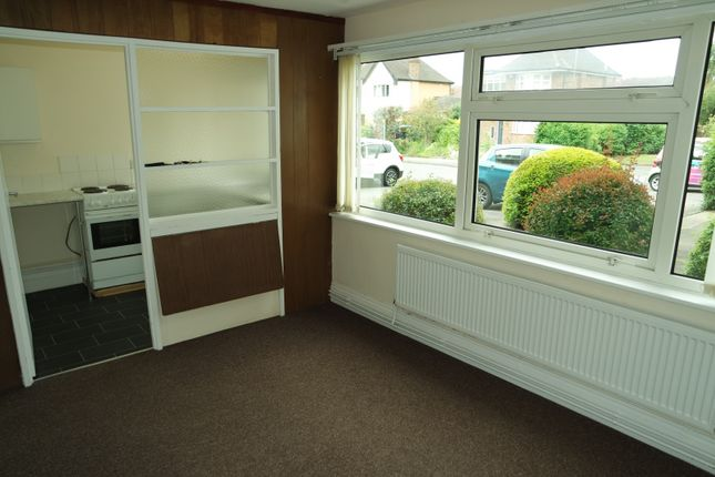 Thumbnail Flat to rent in Cedar Court, Beeston