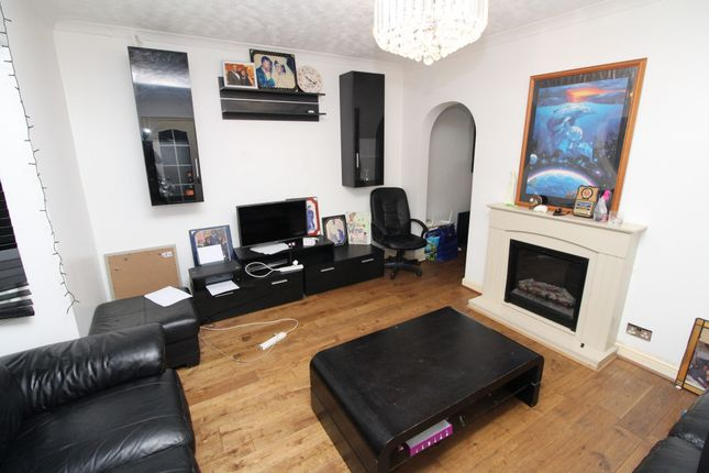Thumbnail Terraced house to rent in Okemore Gardens, Orpington
