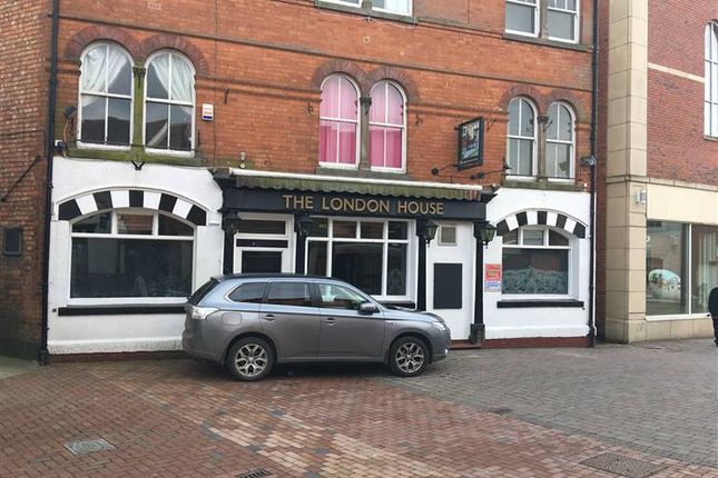 Pub/bar to let in Chapel Street, Rugby
