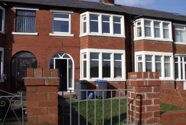 Thumbnail Property to rent in Kingscote Drive, Blackpool