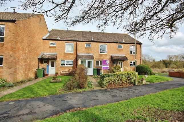 Thumbnail Terraced house to rent in Willow Walk, Wantage