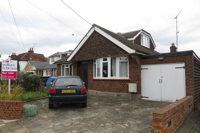 Thumbnail Bungalow for sale in Cricketers Lane, Herongate, Brentwood