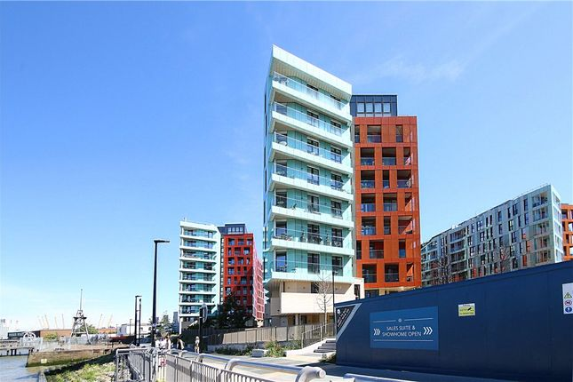 Picture No. 12 of Gordian Apartments, 34 Cable Walk, London SE10